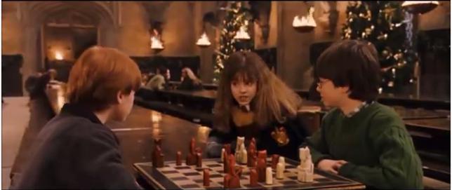 Harry Potter et ses amis jouent aux échecs